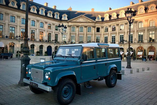 1989 Land Rover DEFENDER 110 V8 RESERVED / RÉSERVÉ